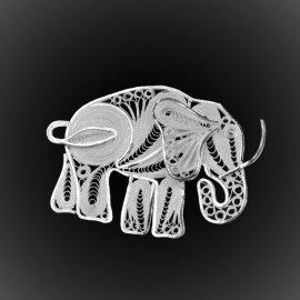 Broche Eléphant en broderie d'argent