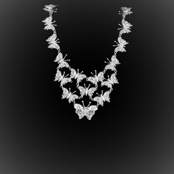 Collier Lovely Butterfly en broderie d'argent