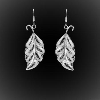 Boucles d'oreilles Leaves en broderie d'argent