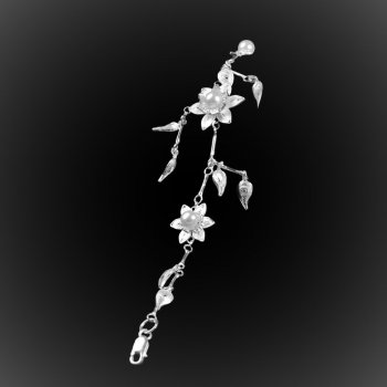 Bracelet Pétale d'amour en broderie d'argent