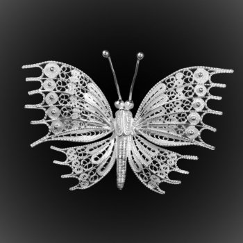Broche Pendentif Great Butterfly en broderie d'argent