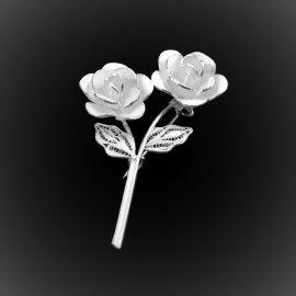 Broche Rose des vents en broderie d'argent