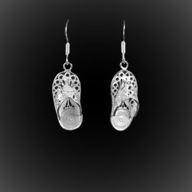 Boucles d'oreilles Out of Office en broderie d'argent