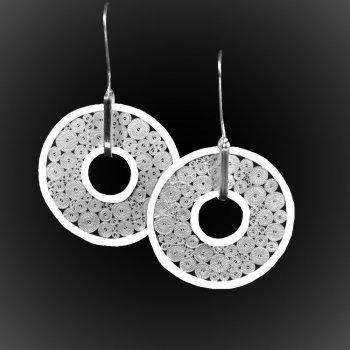 Boucles d'oreilles Saturnus en broderie d'argent