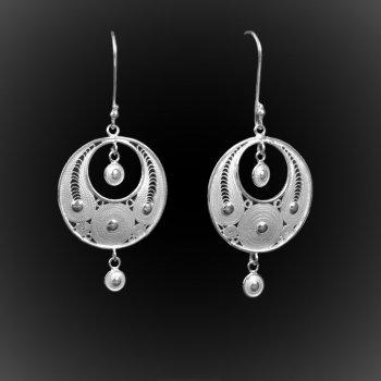 Boucles d'oreilles Eclipse simple en broderie d'argent