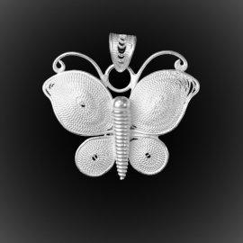 Pendentif Papillon en broderie d'argent