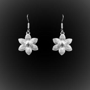 Boucles d'oreilles Lotus d'argent brodé