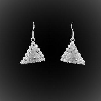 Boucles d'oreilles Delta d'étoiles pendantes en broderie d'argent
